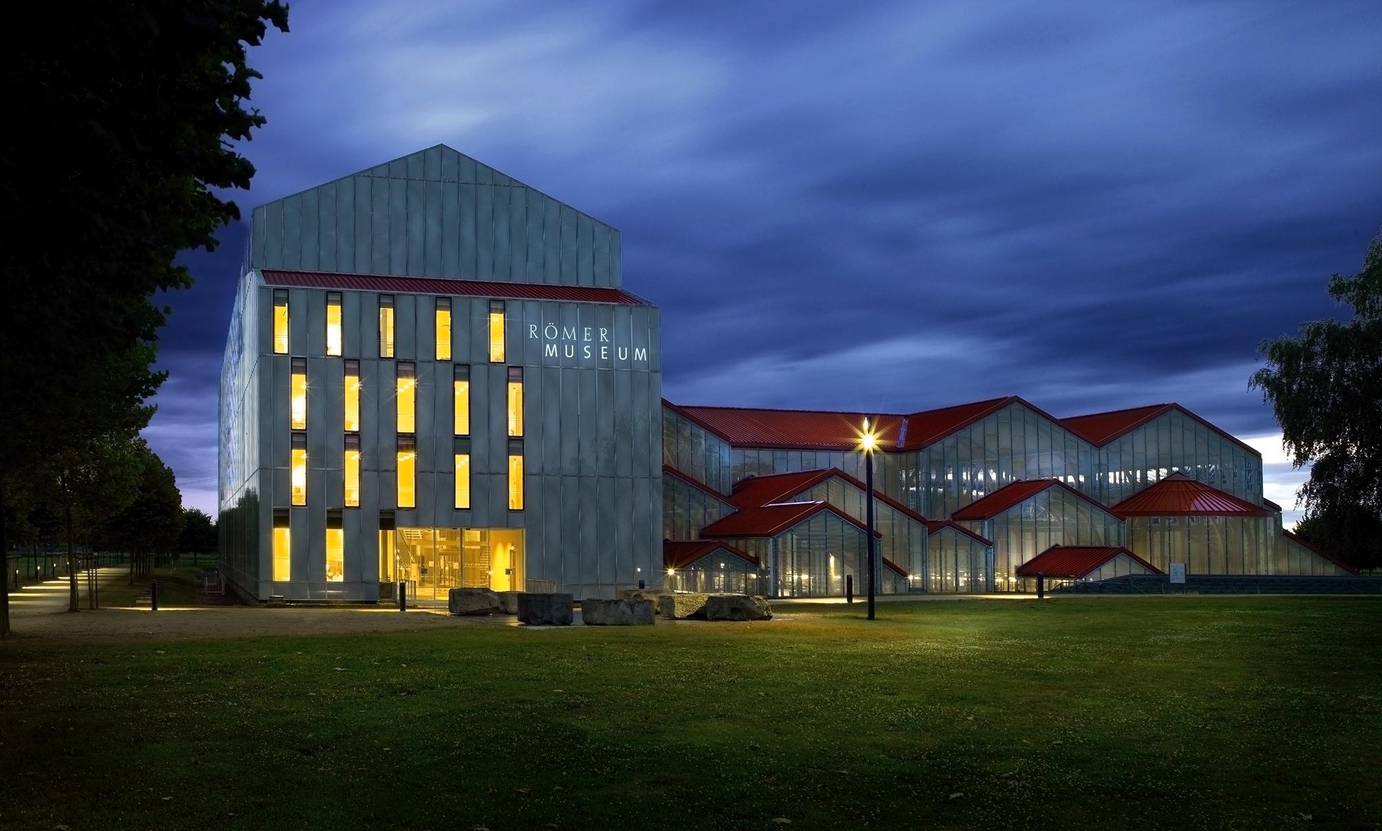 Vier rheinische krimi autoren lesen im lvr r mermuseum for Fenster xanten